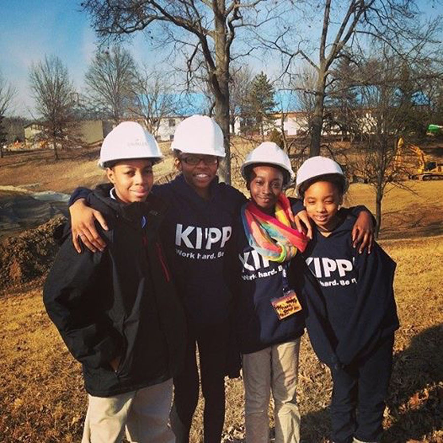 KIPPsters on the construction site of KCM.